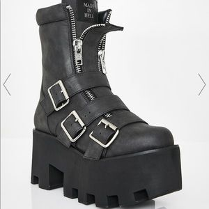Current Mood Detroit Boots size 9 NWT